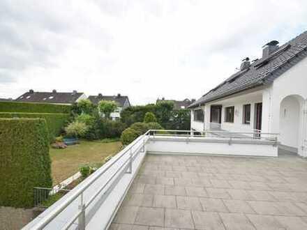 *** Der Sommer kann kommen! 5-Zimmer-Wohnung mit 60 qm Dachterrasse in Hattingen-Niederwenigern ***