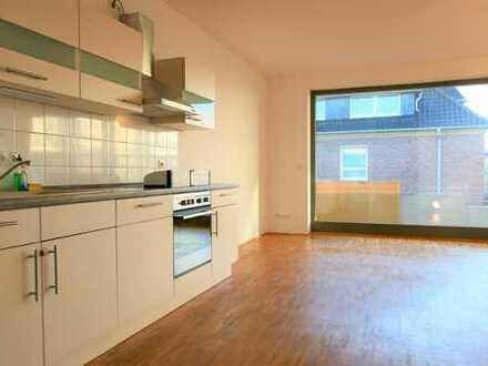Quartier Amalie - moderne 3 ZKB mit Parkett und Balkon