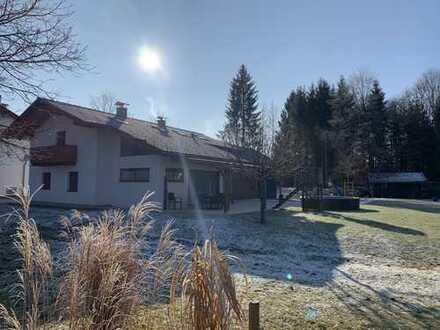 Einfamilienhaus mit otionaler Einliegerwohnung, großen uneinsehbarem Grundstück