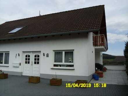 Dachgeschoßwohnung 90 qm ruhige Lage
