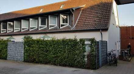 Stilvolle, vollständig renovierte 2-Zimmer-Maisonette-Wohnung mit Terrasse u. Einbauküche in Münster