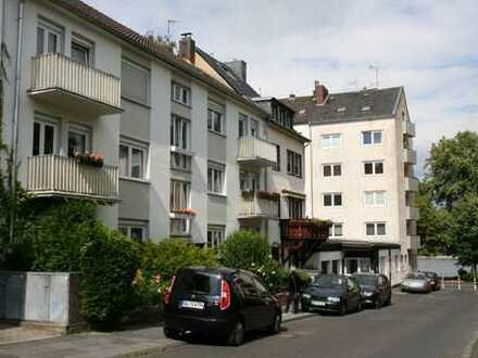 3ZKDB Bonn 50m zum Rhein, 300m zur City und doch ruhig gelegen