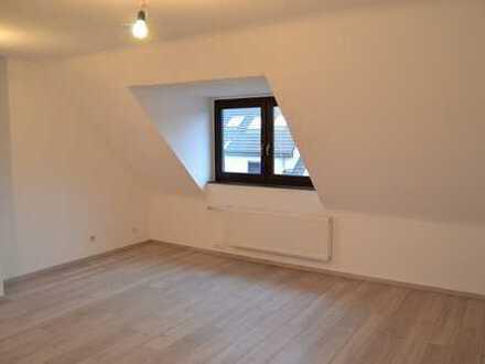 Kernsanierte Dachgeschoss Wohnung