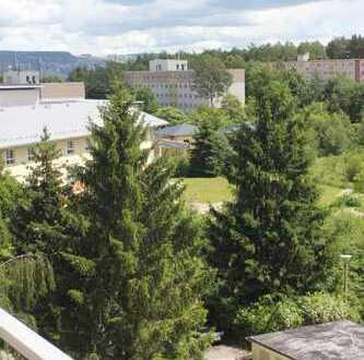 Sanierte 3-Zimmer-Wohnung mit Balkon und EBK in Aue-Bad Schlema