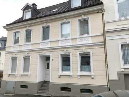 Direkt vom Eigentümer - Gemütliche 2-Zimmer-Dachgeschosswohnung in Vohwinkel