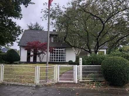 Schönes Einfamilienhaus in toller Suchsdorfer Lage zu verkaufen!