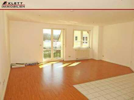 Für Kapitalanleger: Attraktive, helle 1-Zimmer-Wohnung mit Balkon und Außenstellplatz