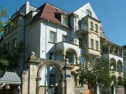 Kulturdenkmal am Fetscherplatz: helle 3-Zi-Wohnung mit EBK & Gäste-WC