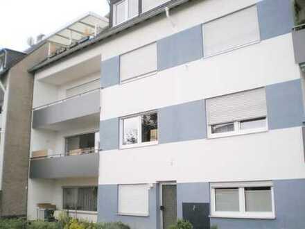 Sehr schöne 3 ZKB - Eigentumswohnung mit Balkon