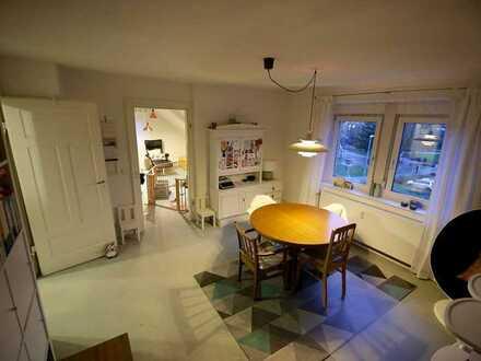 Wunderschöne 5-Zimmer-DG-Wohnung mit EBK im Herzen von Schorndorf, befristet auf 12 Monate