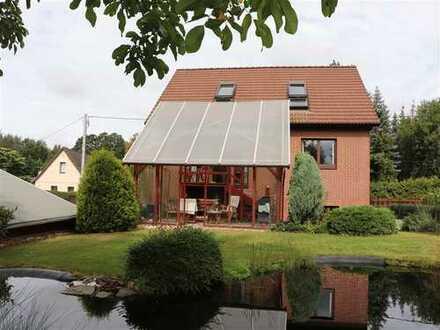 Einfamilienhaus mit Einliegerwohnung im Souterrain in Polenz