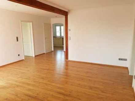 helle 3-Zimmer Wohnung mit Balkon in Bahnhofsnähe Königs Wusterhausen