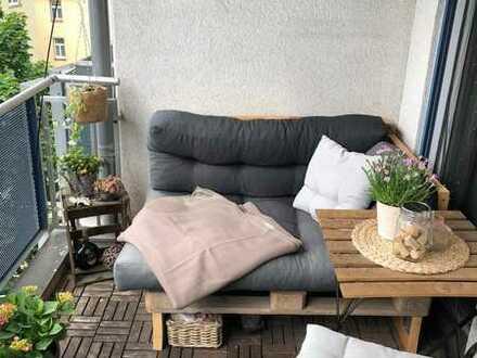 2-Zimmer-Wohnung mit Balkon + Tiefgaragenstellplatz in Würzburg - Gro
