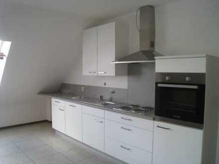Helle 2 1/2-Zi.-Dachgeschosswohnung in DO-Marten mit eingerichteter Küchenzeile