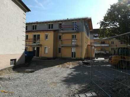 ERSTBEZUG - 3-Zi.DG-Whg. mit Balkon