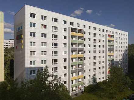 Helle 2-Zimmer Wohnung in Lichtenberg! Ideal für junge Paare!