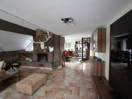 5-Zimmer Maisonette-Wohnung m. Sauna & Kamin