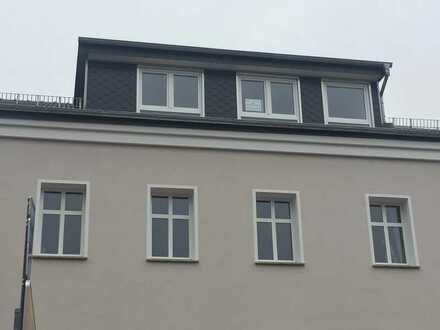 Schöne Dachgeschoßwohnung mit Terrasse