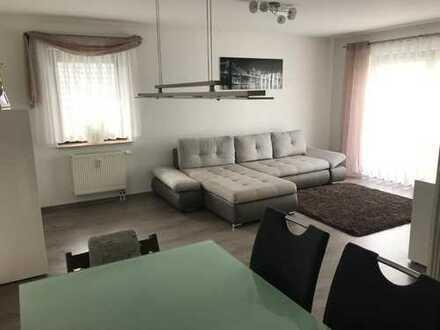 Stilvolle, gepflegte 2-Zimmer-Wohnung mit Balkon und Einbauküche in Leimen