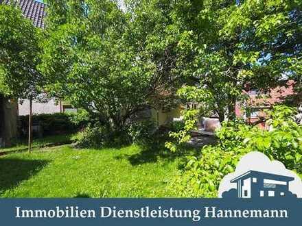 charmantes 3 Fam. Haus, eine Whg. frei, ruhige Lage in Stuttgart-Stammheim