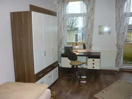 1 Zimmer mit Küchen- und Badnutzung, 25 qm , Monteurzimmer