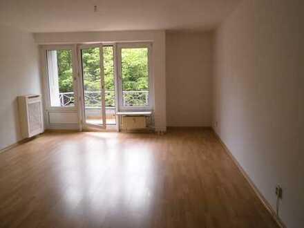 Bild_sonnige 2 Zimmerwohnung mit Balkon
