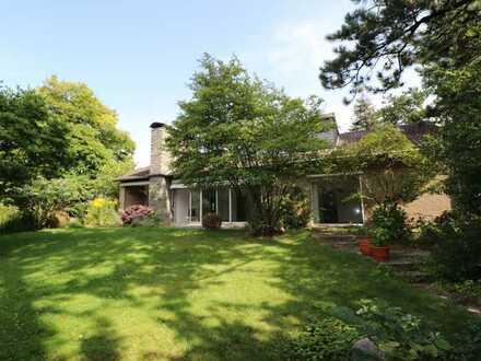 *EIN IDYLL FÜR DIE FAMILIE IN VERBERG* Einfamilienhaus mit großer Garage und Garten