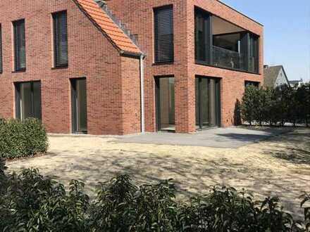 Barrierefreie, hochwertige Neubau EG Wohnung in zentraler Lage, ideal für Singles oder Paare!