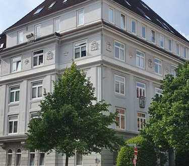 Modernisierte 4-Raum-Wohnung mit Balkon in Kiel