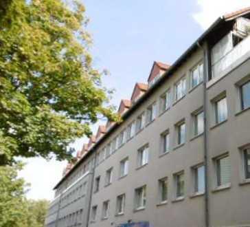 frisch renovierte 2-Zimmer-Wohnung in zentraler Lage