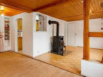 Gepflegtes Einfamilienhaus mit drei Zimmern und EBK in Albstadt, Albstadt