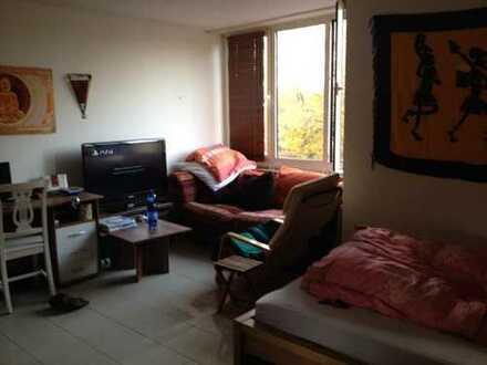 Schöne vermietete ein Zimmer Wohnung in Köln, Neuehrenfeld zu verkaufen