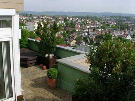 Superschönes Penthaus in Backnangs wohl höchster Wohnebene. Die Stadt liegt Ihnen zu Füßen