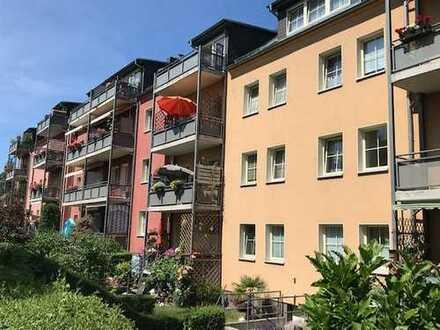 4-Zimmer-Wohnung in Marienthal mit Stellplatz und Garage! Eichenparkett, sonniger Balkon, Gäste-WC..