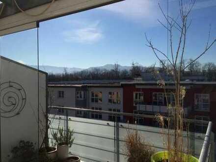 Stilvolle 4,5-Zimmer-Maisonette-Wohnung mit 3 Balkons in Freiburg