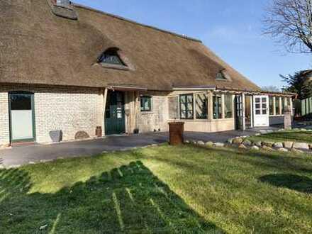 Reetdachhaus zwischen Nord- und Ostsee für Familien und als Ferienhaus geeignet!