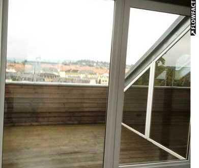 Dachterrasse! helle Dachwohnung mit modernem Grundrissen, Maisonette