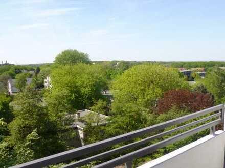 *TOP Apartment ! 31 qm Wohnung mit Loggia direkt am Marktplatz*