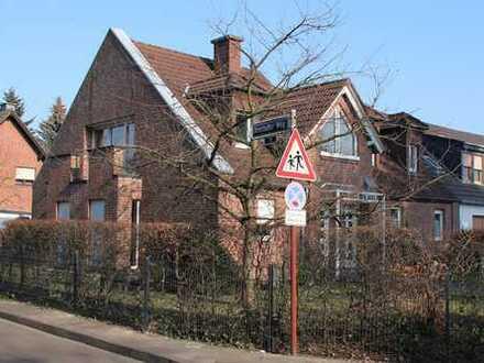Großzügige Wohnung mit Balkon in Vennhausen