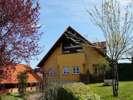 Ein Traumhaus im Grünen für 1-2 Familien * fast NEUWERTIG !
