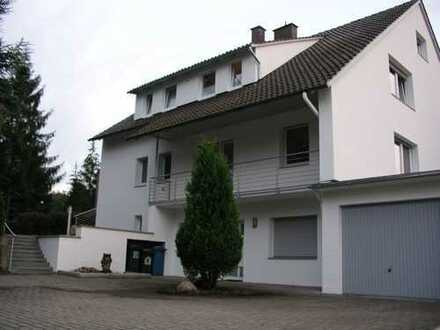 Großzügige 4-Zimmer-Wohnung mit Balkon und EBK in Bad Oeynhausen / Südstadt