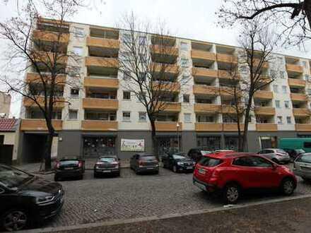 Frisch modernisierte 1- Zimmer-Wohnung mit Balkon zu vermieten!