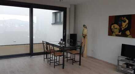 ** Moderne 2-Zimmer-Wohnung mit EBK**