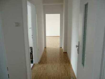 Preiswerte, sanierte 3-Zimmer-Loft-Wohnung mit Balkon in Dortmund