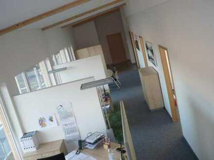 Repräsentatives, modernes Loft-Büro: Kreisstadt Emmendingen