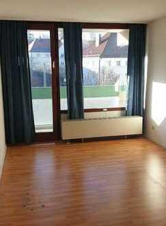 Freundliche 1-Zimmer-Wohnung mit Balkon und Einbauküche in Kempten (Allgäu) // NÄHE FH und FORUM
