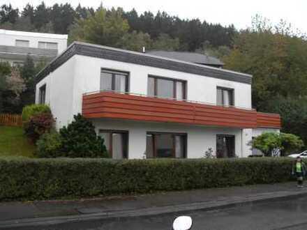 Handwerker willkommen! Familienfreundliches EFH mit Garten, Balkon und Terrasse!