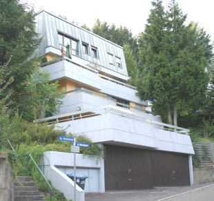 Mehrfamilienhaus mit vier Wohneinheiten - Kapitalanlage oder zur Selbstnutzung