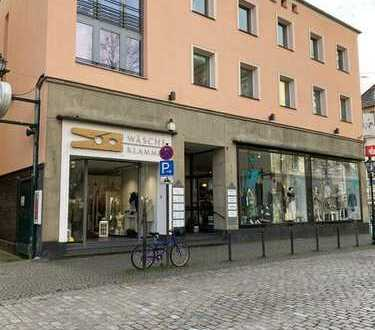 Helles Ladenlokal direkt am Laurentiusplatz