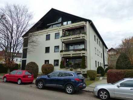 Traumhafte Dachgeschosswohnung im Herzen Gersthofens mit TG-Platz